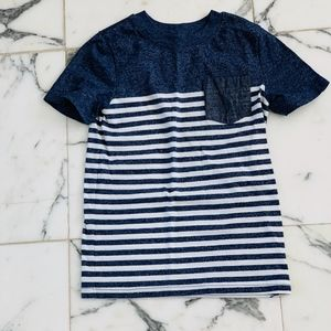 👕 Boy's Cat & Jack Pocket T-Shirt Sz 5T 👕